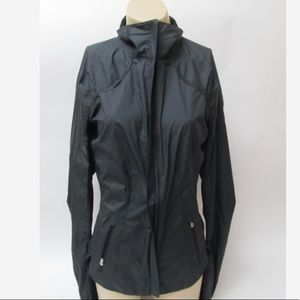 Lululemon Women's Light Jacket Size 6